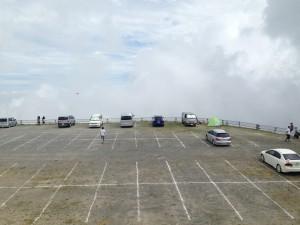 道の駅 美ヶ原高原美術館の奥側の駐車場の様子