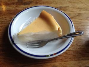 清里高原のチーズケーキファクトリーの濃厚チーズケーキ
