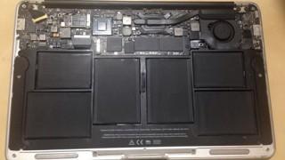 macbookairの電池を交換